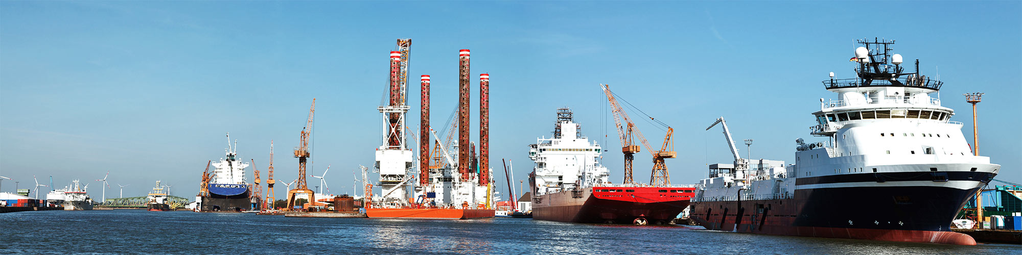 Preventive electrical monitoring of ships and ports